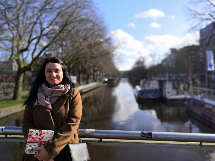 Росица Бурла, блогър в Мокум BG. / Rositsa Burla, blogger at Mokum MG.